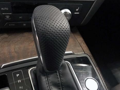 Audi A6 Wagon. Перетяжка  руля и ручки АКПП_5