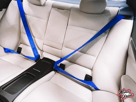 BMW 3 Е92. Замена ремней безопасности_4