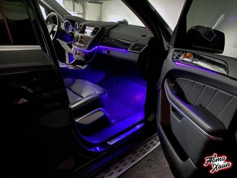 Mercedes-Benz GL. Установка подсветки салона_3