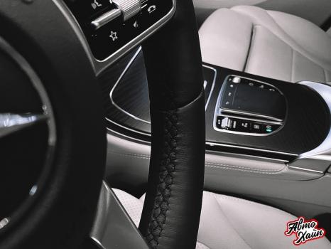 Mercedes-Benz GLC. Установка обогрева и перетяжка руля_5