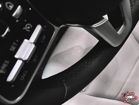 Mercedes-Benz GLC. Установка обогрева и перетяжка руля_6