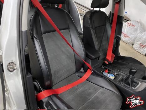 Volkswagen Golf 7. Замена ремней безопасности_2