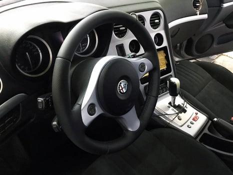 Alfa Romeo. Перетяжка  руля _2