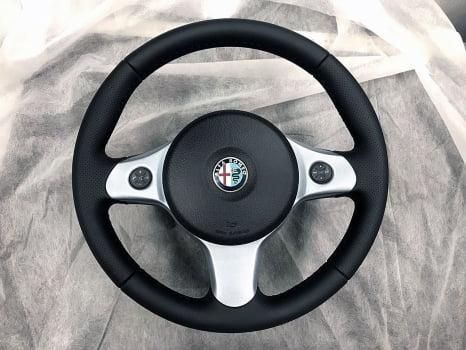 Alfa Romeo. Перетяжка  руля _3