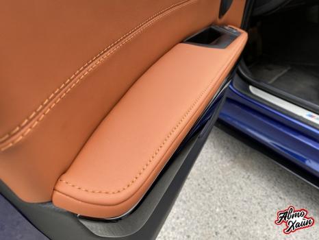 BMW 3 серии E90. Перетяжка салона_6