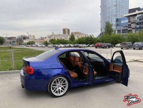 BMW 3 серии E90. Перетяжка салона_7