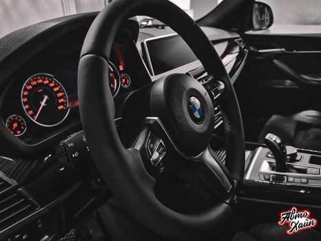 BMW X5. Аквапринт, перетяжка руля_2