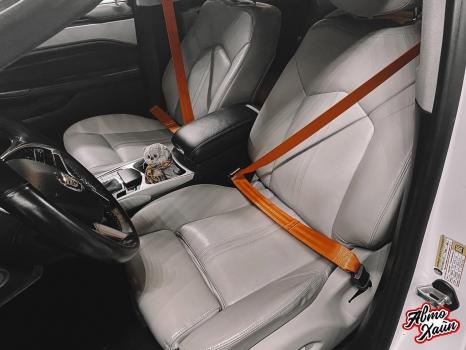 Cadillac SRX. Замена ремней безопасности_2