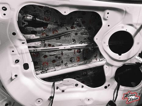 Hyundai ix35. Шумоизоляция, перетяжка сидений_3