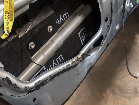 Lexus IS250. Шумоизоляция дверей_2