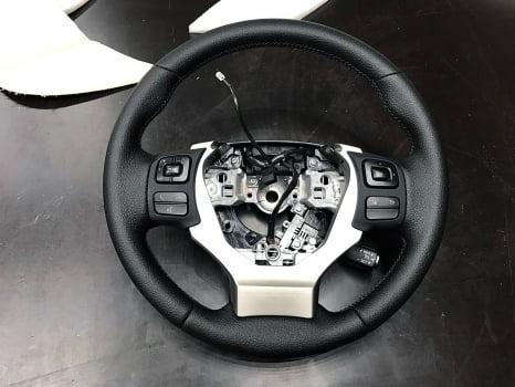 Lexus NX 200. Перетяжка руля_2