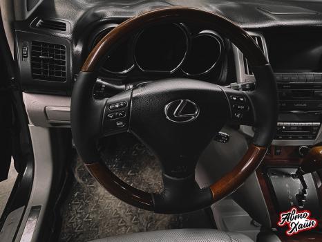 Lexus RX 450h. Перетяжка руля с установкой обогрева _7