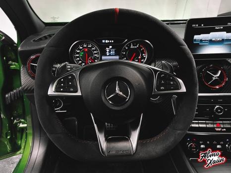 Mercedes-AMG A 45. Перетяжка руля с установкой обогрева _2