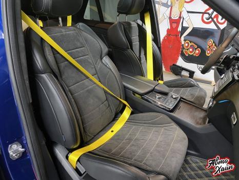 Mercedes-AMG GLE 63. Тиснение на подголовниках_5