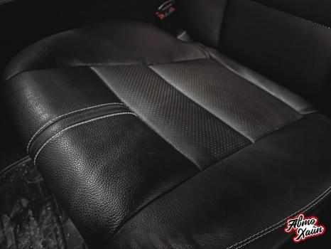 Mercedes-Benz C-класс. Реставрация кожи_4