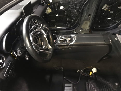 Mercedes-Benz GLC. Перетяжка  салона_3