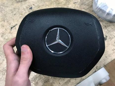 Mercedes-Benz ML AMG. Перетяжка руля с клаксоном_4