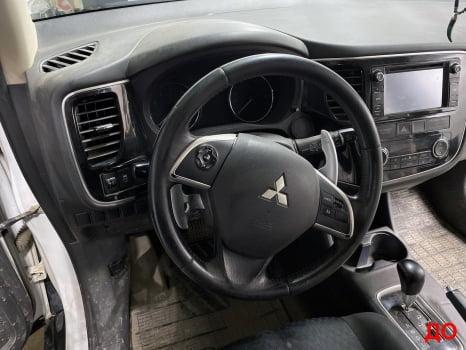 Mitsubishi Outlander. Перетяжка салона_1