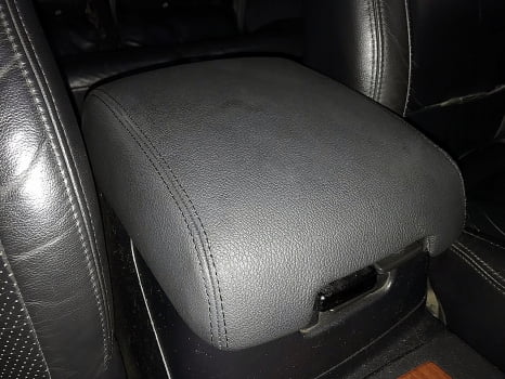 Mitsubishi Pajero. Перетяжка салона_4