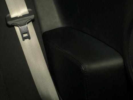 Renault Clio RS. Перетяжка элементов салона_6