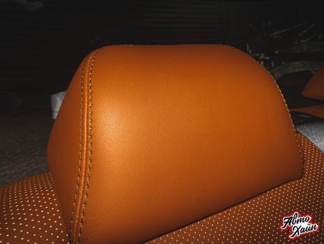 Toyota C-HR. Перетяжка сидений и подлокотников_5