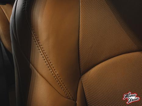 Toyota C-HR. Перетяжка сидений и подлокотников_6