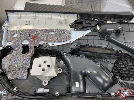 Toyota Camry. Шумоизоляция дверей_2