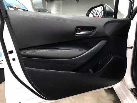 Toyota Corolla. Перетяжка дверей_3