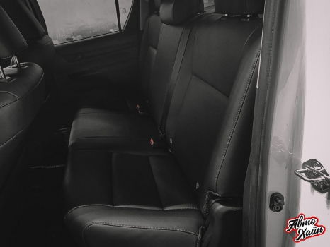 Toyota Hilux. Перетяжка салона_7