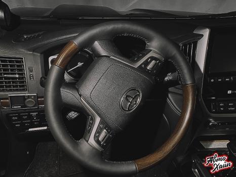 Toyota Land Cruiser 200 _9