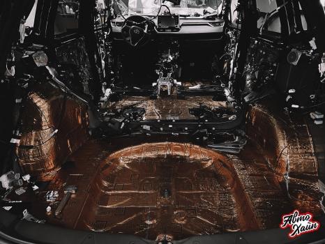 Toyota RAV4. Комплексная шумоизоляция_7
