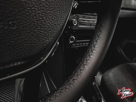 Volkswagen Polo. Перетяжка руля с установкой обогрева_3