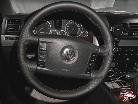 Volkswagen Touareg. Перетяжка салона_10