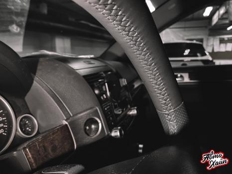 Volkswagen Touareg. Перетяжка салона_1