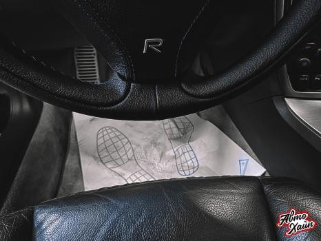 Volvo S60 R. Замена ремней, перетжка руля_4
