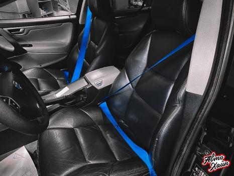 Volvo S60 R. Замена ремней, перетжка руля_5